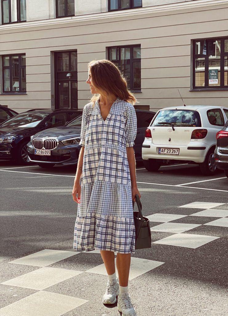En status og en secondhand-kjole 9